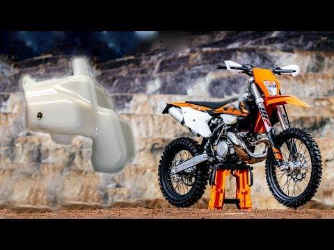 KTM EXC TPI 2018 - LEAKING OIL TANK POOR QULIATY