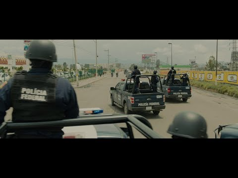 Sicario (2015) - The Convoy To Juárez