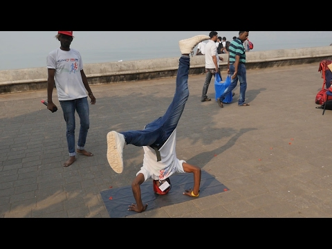 Indian Stunt Group Street Show best performances.Mumbai rockers groups dance,India