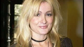 Caroline Aherne opens up about battle with cancer | 5 News