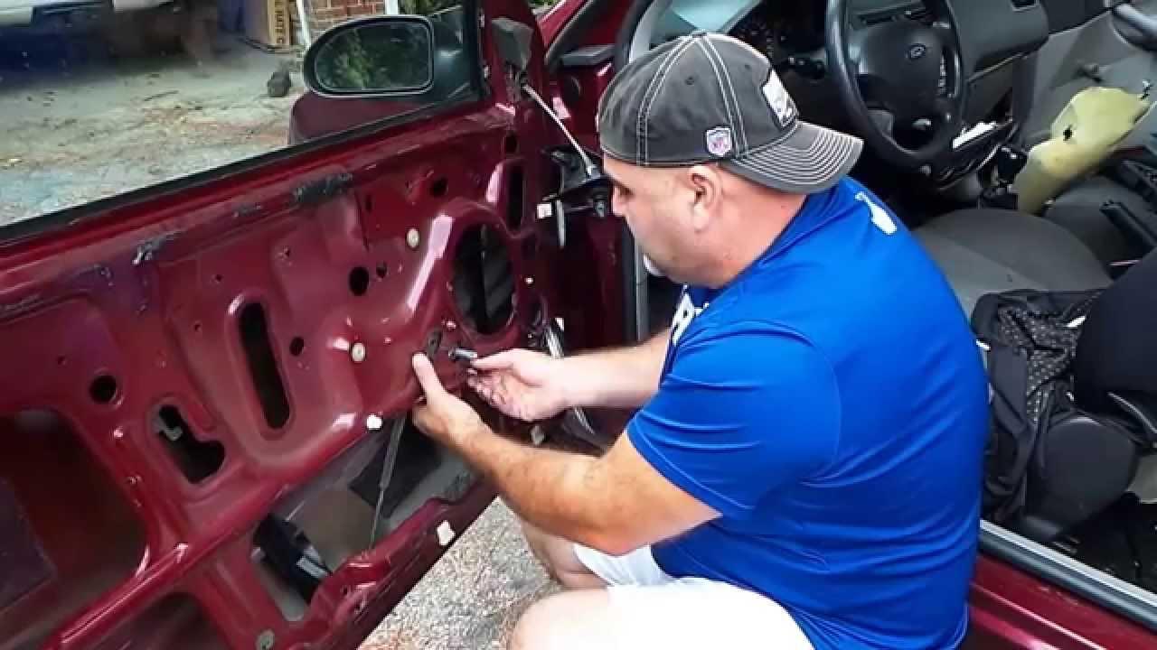 ford focus window regulator replacement youtube rh youtube com Ford Ka Plus Ford Ka Convertible
