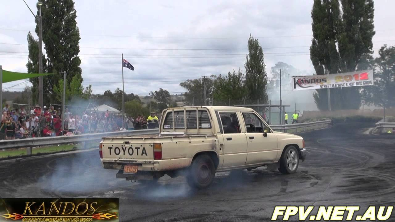 LS1 V8 POWERED TOYOTA HILUX ( LS1LUX ) BURNOUTS AT KANDOS 2012