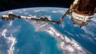 ISS Timelapse - HTV 5 by the (Canad)arm (14 Settembre 2015)