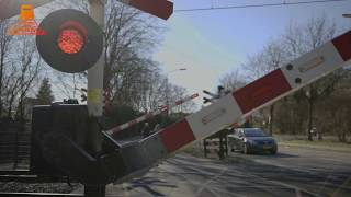 DUTCH RAILROAD CROSSING - Heeze - Muggenberg