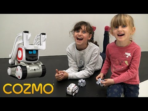 ON TESTE COZMO UN ROBOT INTELLIGENT & ATTACHANT !! • Studio Bubble Tea