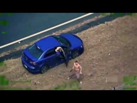 Armed carjackers shoot at police, get run over in Australia (extended video)