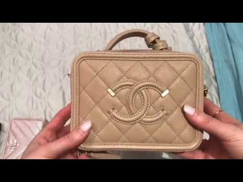 eecfdad63f06 CHANEL MINI VANITY CASE - WHAT FITS AND FIRST IMPRESSIONS REVIEW ...