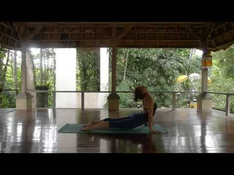 FREE 40 min Intermediate Vinyasa Flow Class with Hana Lukac