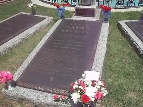 Elvis Presley grave site Graceland memorial Memphis Tennessee USA