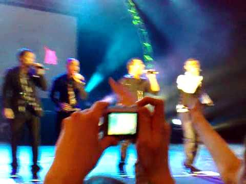 BACKSTREET BOYS IN MOSCOW 11/12/2009 - PDA-2.mp4