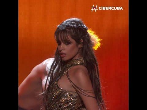 Camila Cabello deslumbra en los Billboard 2017