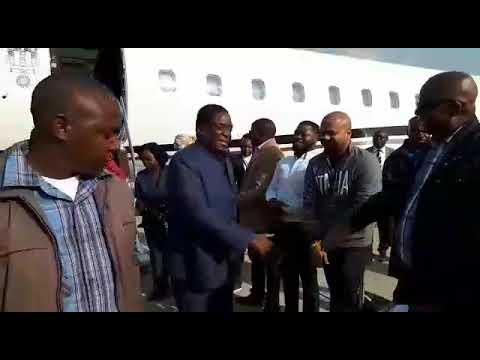 Fear as Munangagwa sneaks in Zimbabwe on private jet
