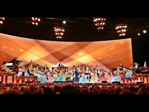 Andre Rieu and Johann Strauss Orchestra in a PERFECT concert - Salzburg, 21.05