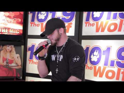 Behind The Mic with Brantley Gilbert