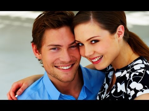 HOW TO DATE YOUNGER WOMEN 18-29, FOR MEN OVER 35! | 5 REASONS YOU SHOULD BE DATING YOUNGER WOMEN