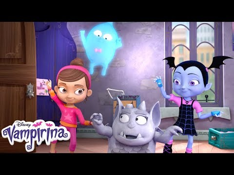 Bat Chat: Demi & Gregoria | Vampirina | Disney Junior