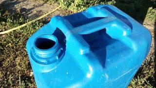 DIY - Поилка для кроликов своими руками. Бак для воды(Поддержать проект финансово: WebMoney Z680284243080 Приветствую ВАС на моём канале!!! На канале вы можете увидет..., 2016-08-09T20:49:40.000Z)