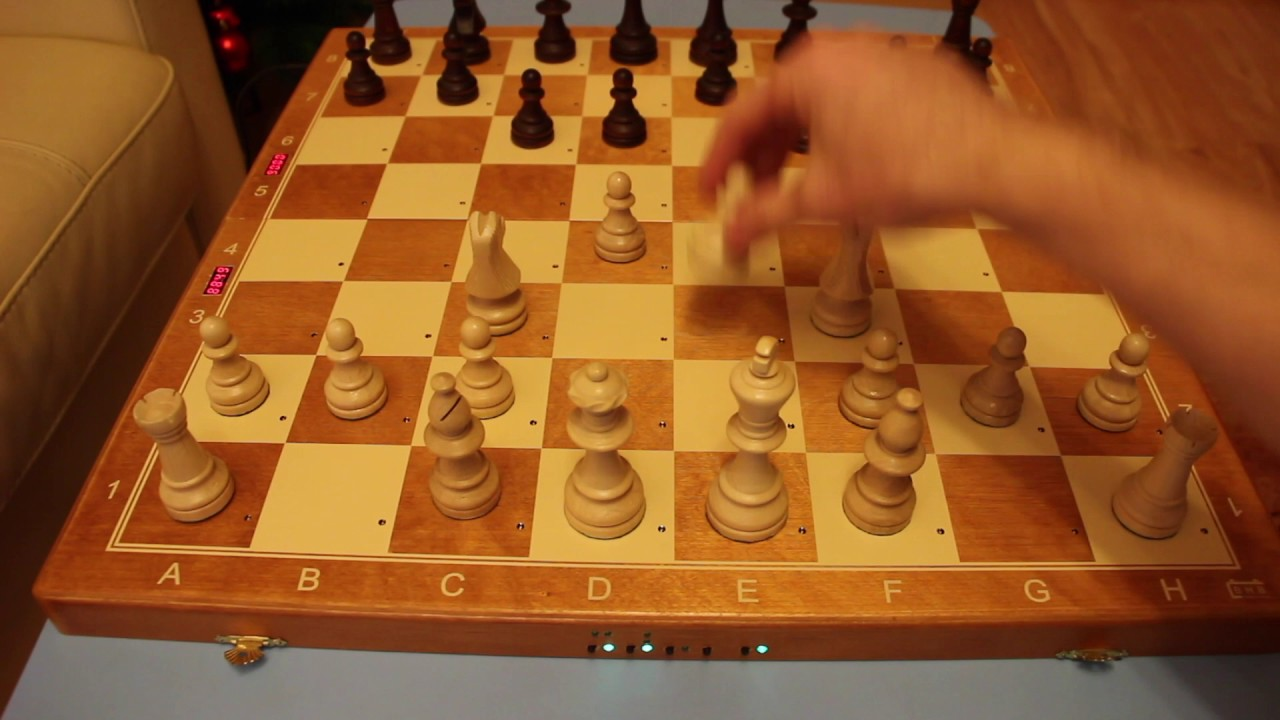 Foldable Electronic Chess Board - an overview