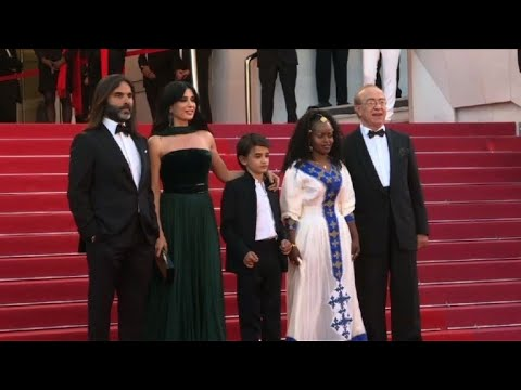 "Cannes 2018: team of ""Capharnaum"" walk the red carpet"