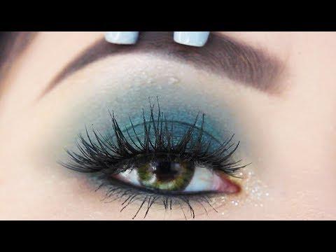 The EASIEST Smokey Eye Tutorial for Beginners | Create the Perfect Smokey Eye Every Time!