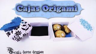 Caja de cartulina para regalos con plumas y copos de adorno   Origami