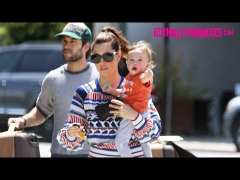Jessica Biel & Her Son Silas Timberlake Shop For Luggage At Burton Snowboards 4.27.16
