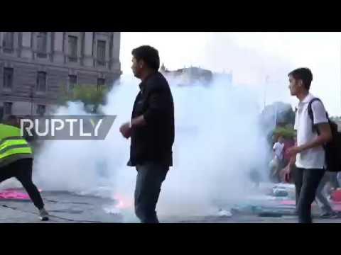 Sweden: Three injured as far-right extremists attack Afghans protesting against deportation