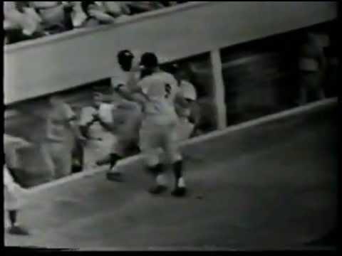 Roger Maris 1961 - 51st Home Run as Called by Mel Allen, WPIX-TV, 8/26/1961