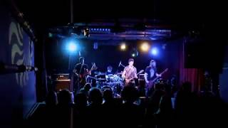 Frozen Poppyhead - Pointlessness (LIVE - Klub Slavie)