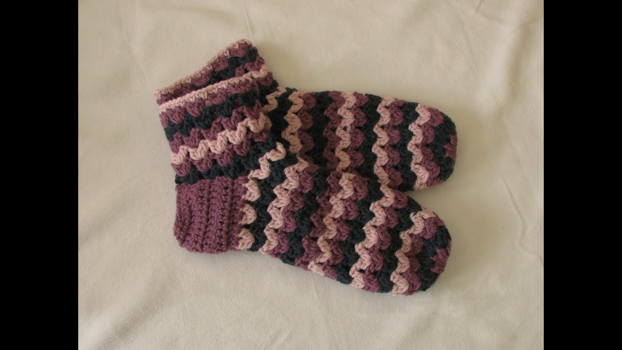 VERY EASY chunky crochet slipper socks tutorial part 1
