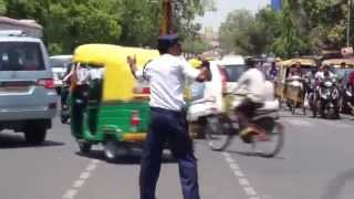 Indore 4 - Dabang Traffic Police... India Need This kind Of Officers [Kunwar Ranjeet Singh] HD