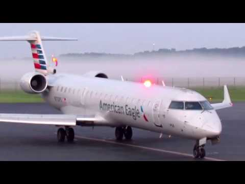 American Eagle CRJ-700 Departing Lynchburg KLYH