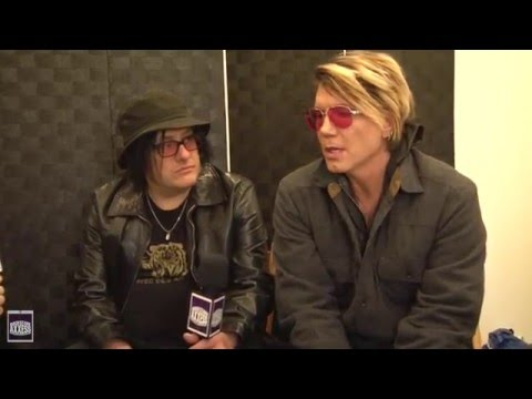 BackstageAxxess interviews the Goo Goo Dolls.