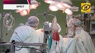 В Бресте провели первую операцию по пересадке сердца(С замиранием сердца и в прямом, и в переносном смысле пришлось иметь дело брестским хирургам. Они совершили..., 2015-02-03T18:33:31.000Z)
