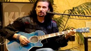 HARD LUCK WOMAN and STRUTTER - Bruce Kulick and John Corabi (August 5th, 2012)