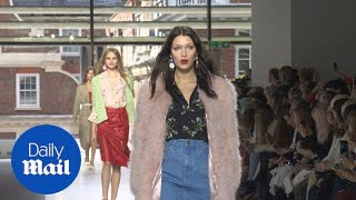 Bella Hadid storms the runway at Topshop Unique LFW show - Daily Mail