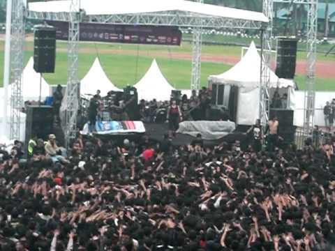 UNDERGOD Intro + Saguru Saelmu Tong Nganggu Live At CIMAHI BERGETAR 666 ( BY:Gerry Ahmad )
