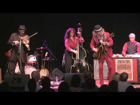 Squirrel Nut Zippers at The Kessler Theater in Dallas, Texas (USA)