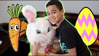 Toy Doctor Gives Easter Bunny A Checkup Pretend Play | FamousTubeKIDS