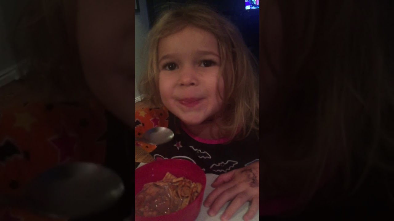 Jimmy Kimmel I ate my kids Halloween candy 2017 - YouTube