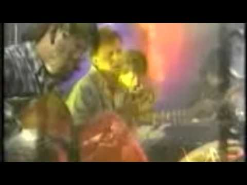 MÚSICA BOLIVIANA - GRUPO ILLIMANI - PERDONAME 1993