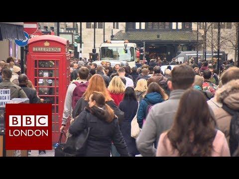 Last minute Christmas shopping – BBC London News