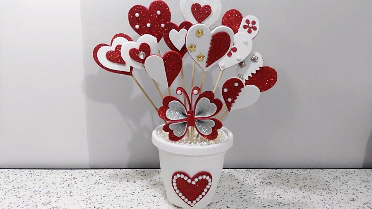 احلى هدية وتنفع لاي مناسبة من بقايا الفوم عمل يدوي بسيط و جميل ديكور Diy A Nice Gift Yout Diy Valentine S Day Decorations Flower Diy Crafts Valentines Diy