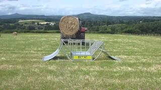 Advantage Feeders Cradle Hay Feeder