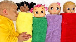 Are you sleeping Brother John Canción de Color | Canciones Infantiles con Tamiki Amiki