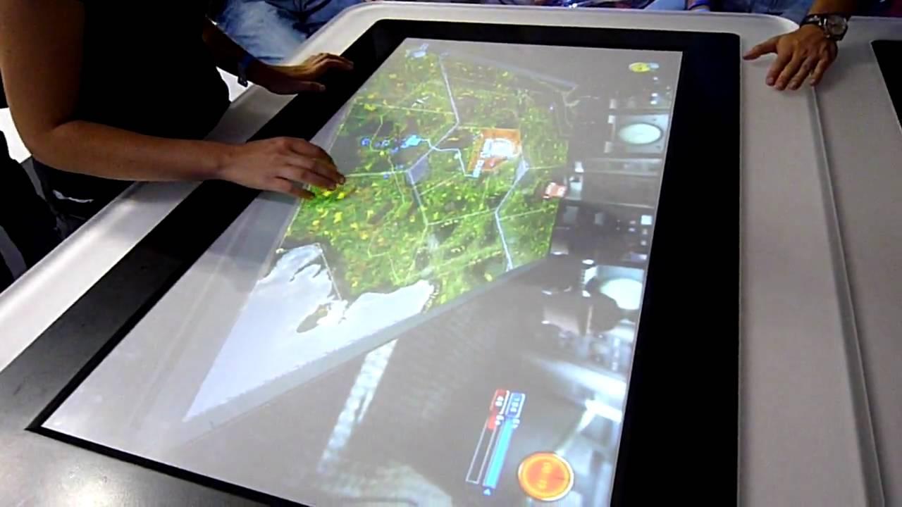 Ruse sur table tactile au festival du jeu vid o 2009 youtube - Restaurant carte sur table cavaillon ...