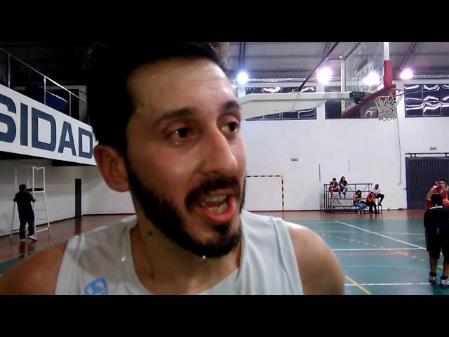 Cristian Murúa jugador de Universidad básquet