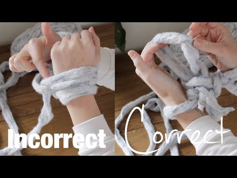 How to Arm Knit Tight Stitches, Tips and Tricks   DIY