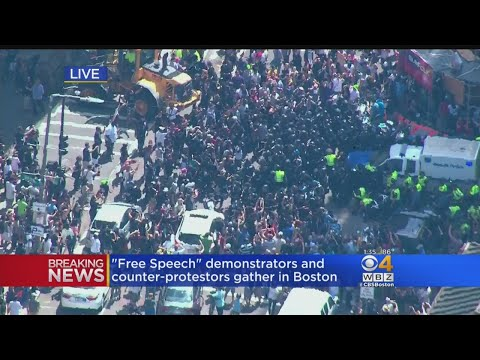 Police Work To Control Crowd Near Boston Common