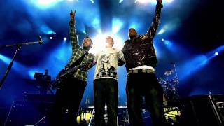 Linkin Park feat. Jay-Z - Numb (encore) & Faint [Live] HD